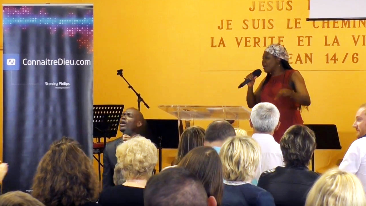 Concert pour le Népal : Papa God (avec Charline Effah) /// Concert For Nepal : Papa God (with Charline Effah)
